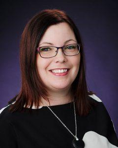 Heidi Hukka on Tilintarkastus Hukan omistaja ja perustaja. Auktorisoidun tilintarkastajan HT-pätevyyden lisäksi hänellä on myös taloushallinnon KLT-tutkinto.